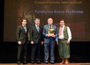 FUNDACION BANCO CREDICOOP RECIBE PREMIO INTERNACIONAL